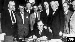 """Presidenti Franklin Ruzvelt dhe """"Marrëveshja e Dytë e Re"""""""