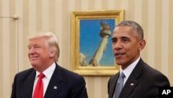 លោកប្រធានាធិបតី បារ៉ាក់ អូបាម៉ា ជួបជាមួយនឹងលោកប្រធានាធិបតីជាប់ឆ្នោត Donald Trump នៅក្នុងការិយាល័យ Oval Office ក្នុងសេតវិមាន រដ្ឋធានីវ៉ាស៊ីនតោន កាលពីថ្ងៃទី១០ ខែវិច្ឆិកា ឆ្នាំ២០១៦។