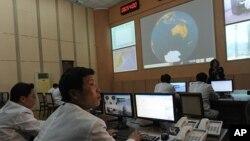지난 4월 8일 북한 동창리 미사일 발사 센터의 상황실. (자료사진)