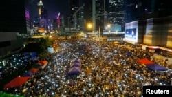 香港爭取真普選示威人士星期日繼續抗議