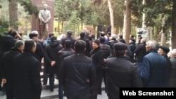 Müsavat Partiyasının fəalları milli azadlıq hərəkatının lideri Əbülfəz Elçibəyin məzarını ziyarət edib