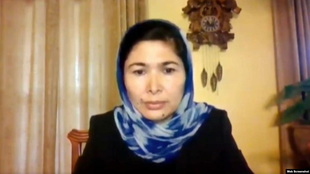 维吾尔集中营幸存者图尔孙娜伊.孜娅吾丁(Tursunay Ziyawudun)2021年5月6日出席众议院外交事务委员会线上听证会。