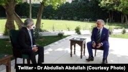 ډاکټر عبدالله عبدالله او د پاکستان سفیر نصرالله خان (کابل، جولائي ۵، ۲۰۲۰)