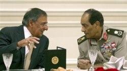وزیر دفاع آمریکا برای گفت و گو در باره امنیت منطقه ای به قاهره رفت