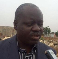 ONG diz que governo deve pedir ajuda para Luanda - 1:32