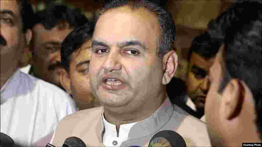 پاکستان ہندو کونسل کے بانی ڈاکٹر رمیش کمار وانکوانی