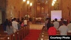 미국 내 첫 탈북자 교회인 캘리포니아 주 '빛나리 교회'의 예배 장면.