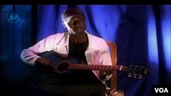 """Shahararren mawakin Hausa, Nazifi Abdulsalami Yusuf, """"Nazifi Asnanic"""""""