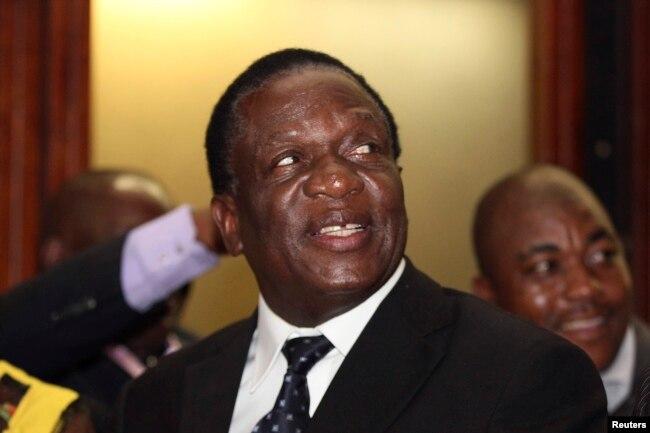 2014年12月10日,津巴布韋副總統埃默森·姆南加古瓦在哈拉雷。 他將出任新總統。