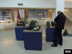 俄罗斯西伯利亚北部一家博物馆中展出的苏联开发西伯利亚油田历史。