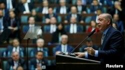 رجب طیب اردوغان، رییس جمهور ترکیه جزییات قتل «جمال خاشقجی» را در جلسه حزب عدات و توسعه (AKP) تشریح کرد.