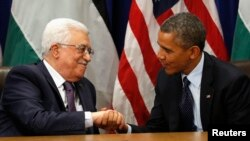 Presiden AS Barack Obama (kanan) dan Presiden Palestina Mahmoud Abbas di sela-sela Sidang Umum PBB di New York (foto: dok).