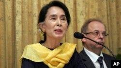 Bà Aung San Suu Kyi, lãnh đạo đảng đối lập Miến Điện
