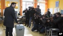 Nemački ministar ekonomije, Filip Rosler, glasa u Donjoj Saksoniji. 20. januar, 2013.