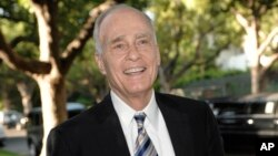 FILE - Author and lawyer Vincent Buglios in Beverly Hills, California, Aug. 21, 2008.