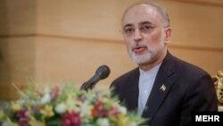 آقای صالحی صحبت های حسن روحانی را از دید تکنیکی تکرار کرد.