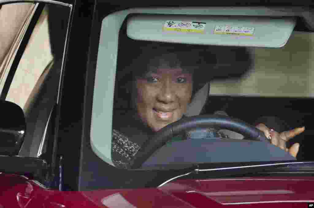 Daughter, Makaziwe Mandela, leaves after visiting the Mediclinic Heart Hospital where former South African President Nelson Mandela is being treated in Pretoria, July 5, 2013.