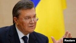 Un hijo del expresidente ucraniano Viktotr Yankovich murió en un extraño accidente automovilístico.