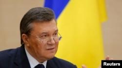 被推翻的乌克兰总统亚努科维奇2月28日在罗斯托夫举行记者会