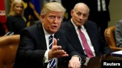 Presidenti Donald Trump dhe Sekretari John Kelly
