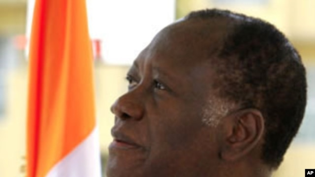 Ivory Coast's presidential claimant Alassane Ouattara attends an interview at his headquarters in Abidjan, 20 Jan 2011.
