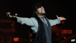 Maxi Priest performing last week in Hollywood, Florida