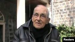Cha Francis Van Der Lugt ở Homs, Syria. Ảnh của tổ chức Đài Quan sát Nhân quyền Syria