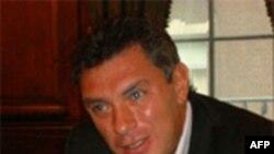 Борис Немцов призывает Обаму встретиться с российскими оппозиционерами