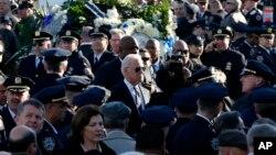 Potpredsednik SAD Džozef Bajden na sahrani Rafaela Ramosa u Kvinsu