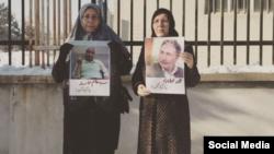 فاطمه ملکی همسر محمد نوریزاد (راست) و صدیقه مالکیفرد همسر هاشم خواستار