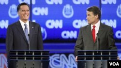 Mitt Romney i Rick Perry na predsjedničkoj debati u Las Vegasu