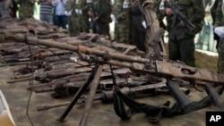 Des armes saisies par les militaires américains en Colombie, le 27 mars 2012. (Photo d'illustration)