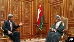 ABD Dışişleri Bakanı John Kerry ve Umman Sultanı Kabus bin Said