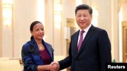 2016年7月25日,中國國家主席習近平在人民大會堂會晤美國國家安全顧問蘇珊·賴斯。