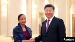 中国国家主席习近平在人民大会堂会晤美国国家安全顾问苏珊·赖斯。(2016年7月25日)