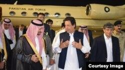 Perdana Menteri Pakistan Imran Khan tiba di Arab Saudi untuk kunjungan perdana sejak dilantik sebagai perdana menteri, Selasa, 18 September 2018.