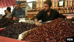 کراچی میں رمضان کی زور و شور سے تیاریاں جاری