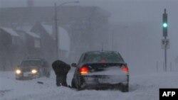 bão mùa đông ập vào miền Trung nước Mỹ đã kéo trời lạnh giá sang miền đông và chạy dài xuống xuống tận bang Florida miền Nam