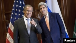 Сергей Лавров с госсекретарем США Джоном Керри в Дохе