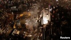 4일 인도 뭄바이 외곽지역인 타네의 건물 붕괴 현장.