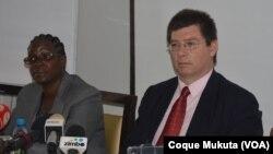 François Crépeau, Relator Especial das Nações Unidos para os Direitos Humanos dos Migrantes, Conferência de Imprensa, Luanda