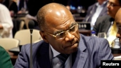 Léonard Okitundu, le ministre congolais des Affaires étrangères, à Quito, le 23 mars 2013