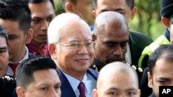 前马来西亚总理纳吉布2018年7月4日在吉隆坡抵达法院