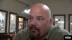 Gordon Groat, a city council member of Lake Havasu City, Arizona. (M. O'Sullivan/VOA)