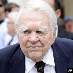 CBS主持人安迪‧魯尼(Andy Rooney)逝世享年92歲(資料圖片)