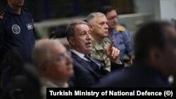 Savunma Bakanı Hulusi Akar