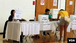 A algunos delegados de mesas electorales, les tocó tomar hasta dos mesas, debido a la falta de miembros que no se hicieron presentes.