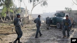 مقام های محلی می گویند که نیرو های دولتی در ولسوالی گیزاب ارزگان در محاصرۀ طالبان قرار دارند