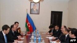 Amerika rəsmisi Azərbaycan prezidenti ilə görüşüb