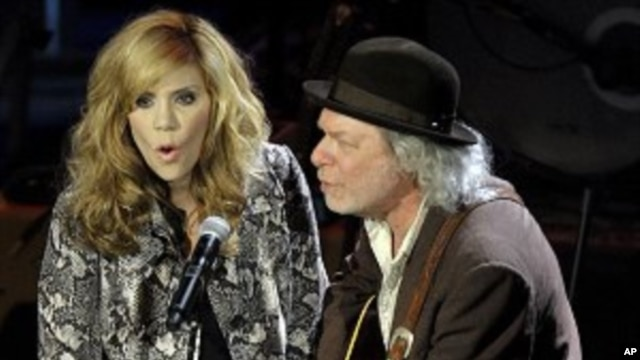 Alison Krauss and Buddy Miller perform at the Americana Music Association awards show, Oct. 13, 2011, in Nashville, Tennessee.